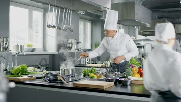Restaurants & Coffee Shops